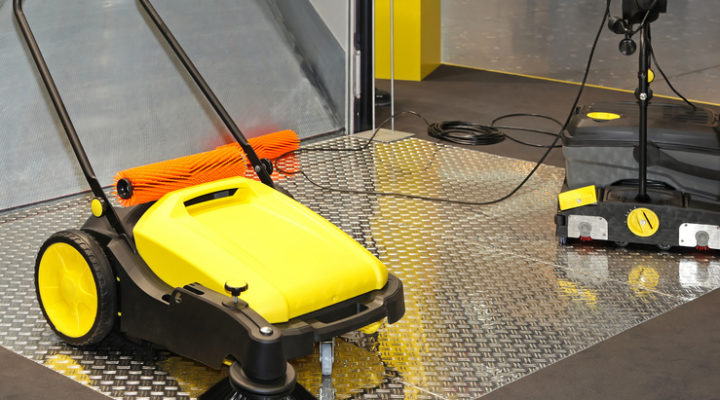 3 Reasons Every Restaurant Needs a Steam Cleaning System